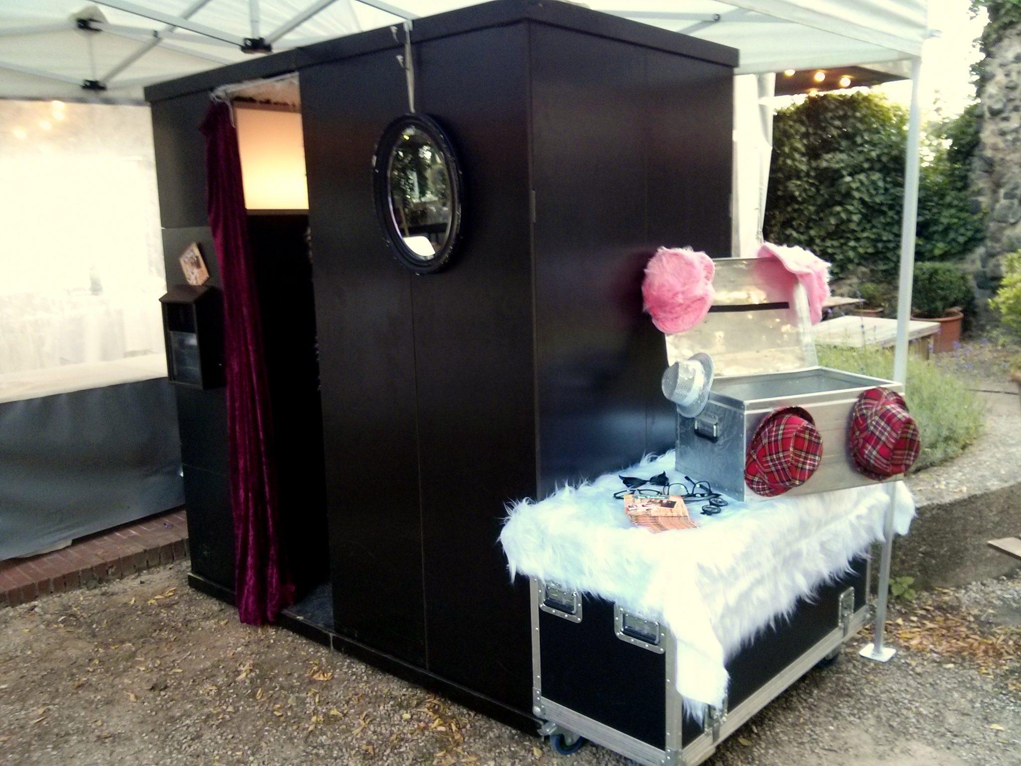 fotoautomat mieten bonn die fotobox. Black Bedroom Furniture Sets. Home Design Ideas